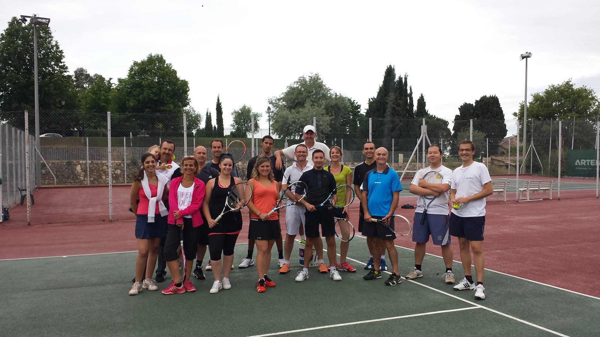 Club de tennis municipal chateauneuf grasse 06 tennis for Club de tennis interieur saguenay
